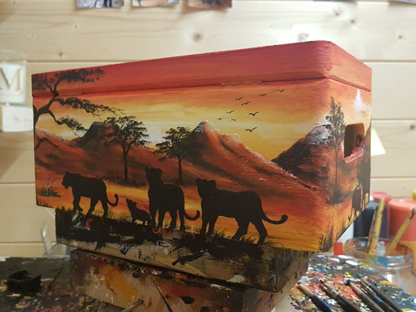 Hand painted African scene Keepsake Box