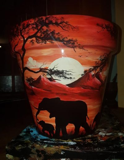 Elephant flower pot. Hand painted flower pots with African animals and scenes
